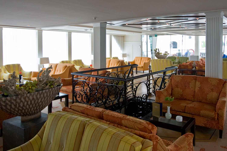AMAcello lounge
